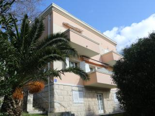 Apartment Oleander A4+1, Makarska