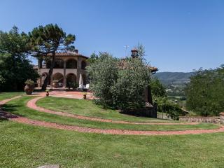 CASA MASSIMO - AGRITURISMO IL CIPRESSO - BUCINE TUSCANY ITALY