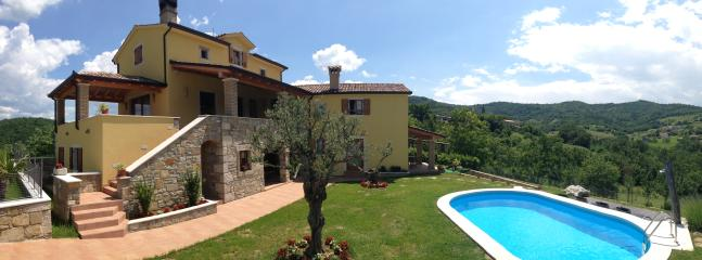 Luxury Villa Bacula****