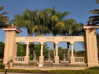 Town Home near MK!!!, Kissimmee