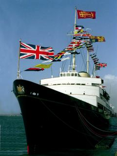 Royal Yacht Britannia (20min bus ride from the flat)