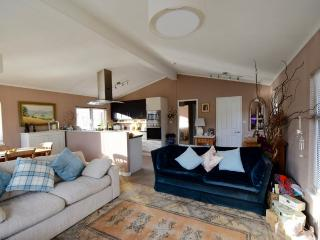 Two double bedroom Luxury Park Lodge, Christchurch