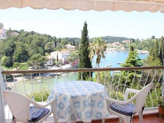 Lovely sea View apartment close to the sea, Cavtat