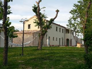 Marche, King's villa for 15 person next to the sea, Loreto