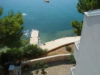 Apartment for 6 by the beach!(J2), Stara Novalja