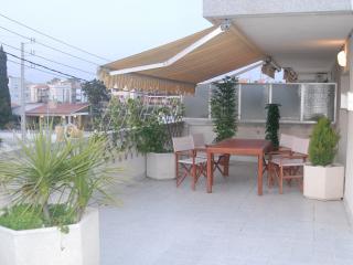Apartamento en Cubelles playa con terraza de 180m2