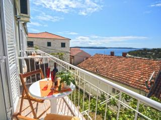 Apartment Ana Ljube Hvar