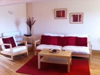 Studio apartment, Llansteffan