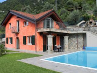Villa Eleonora, Colonno