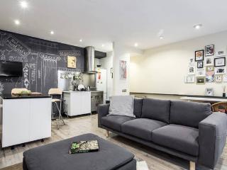 COZY apartment SAGRADA FAMILIA, Barcelona