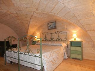 L'ARCO, Merine Apulia