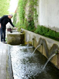 good water source for Presciano, 600 meters from home fisolare