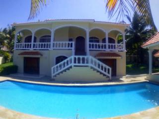 4-bedroom villa with private pool, Cabarete