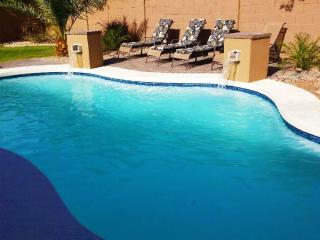 Great Location! Heated Pool/Hot Tub/Fire Pitt, Mesa