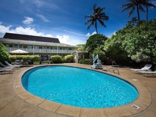 Peaceful 1BR Condo steps from Waipouli beach.