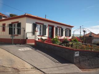 Bela House, Arco da Calheta