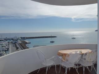 Apartamento en Santa Eulalia frente al mar