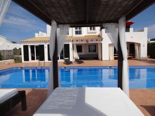 Luxury Penthouse Apartment, Binibeca