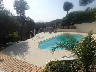 """Villa """"Luna Gauda"""",  quiet with pool near sea"""