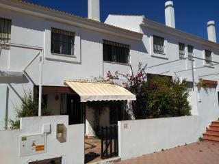 casa  adosada a 150 m. de la playa (8 personas), Matalascañas