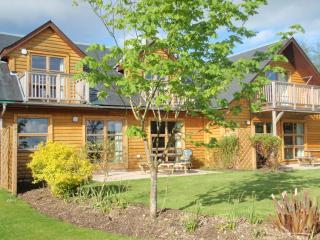 Luxury 5* Waterfront Lodges- Stewart & Lismore, Balmaha