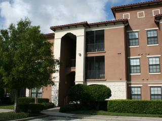 SERENATA CONDO - $2300 PER MONTH (ONE MONTH MINIMUM), Sarasota