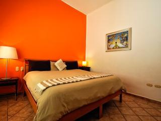Luna Antigua, Best location!, 100mts to mamitas!, Playa del Carmen