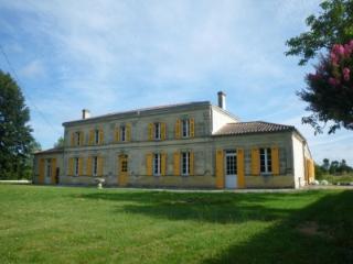Maison de Maître near Bordeaux 'La Sarrotte'