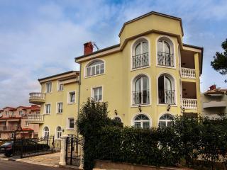 Villas Dora Pinia App 3, Medulin