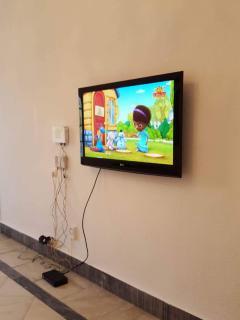 Kabel TV and fiber optic Internet