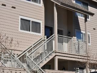 Close to beach.  Large, private condo.  Falls Rates.  Great reviews!!!
