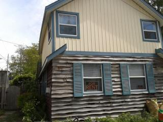 Stay and Play in this Great 3 Bedroom Cottage!, Grand Bend