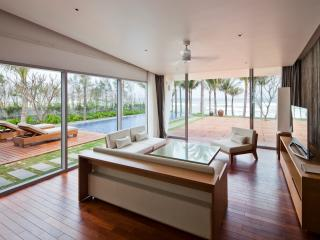 03 Bedroom Beach Front Villas - 2, Da Nang