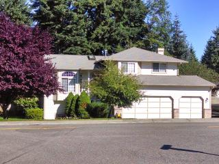 Tasteful SILVERDALE home conveniently located, Silverdale