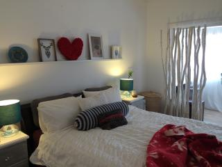 Bronte Beach Retreat April Holiday Special!