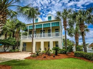 Fall Special! Frangista Jewel: BEACH DIRECTLY ACROSS! w/ Private Pool,