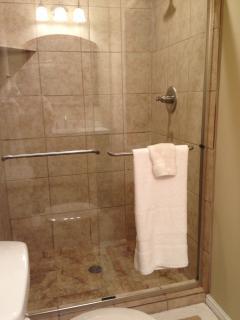 #4 Bathroom downstairs