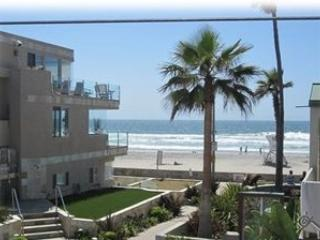 25% Discounted! Mission Beach Best Location! One House from Ocean.