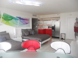Elegant Bay View Studio 905, Miami Beach