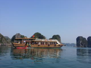 Cat Ba island love with Wooden Boat excursions..!
