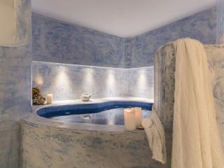 Blue Villas - Mikaela 5 bedrooms villa, Akrotiri
