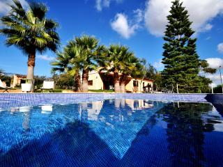 Private villa with pool, wifi and A/C in Mallorca, Sencelles