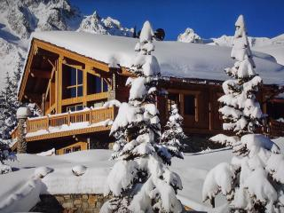 Exquisite chalet with jacuzzi and gym, Saint-Bon-Tarentaise