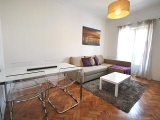 Beautiful Appartment in front of Tagus, Belem