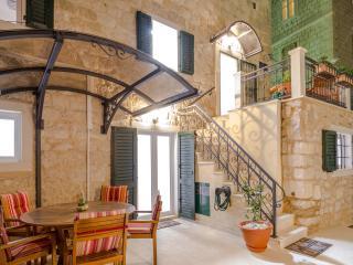 Villa Erede deluxe two bedroom apartment, Split