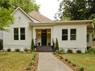 LARGE home in hip East Nashville CLOSE TO DOWNTOWN