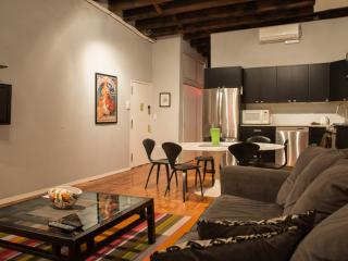 BIG 6 Bedroom, 3 Bath Flatiron Chelsea Duplex Loft, Nova York