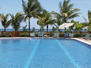 Great Beachfront Condo, Best Location in Jaco