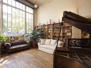 Chez Picasso, townhouse, 4Br 2Ba, ideal location, Paris