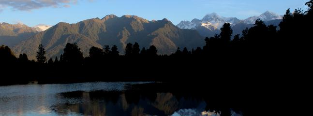 Lake Matheson and Mt. Cook, 2 Hours away